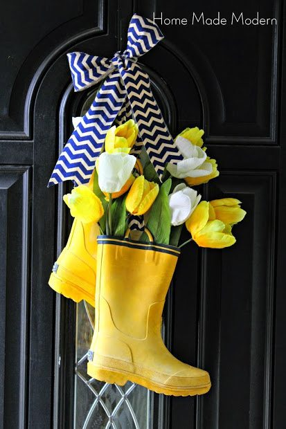 Easy DIY Easter Decorations - Rainboot Wreath