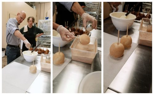Chocolate caramel apple dipping process