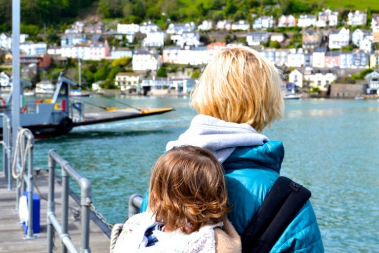 Dartmouth: 9 reasons why an Ergobaby 360 is the best baby carrier for travel