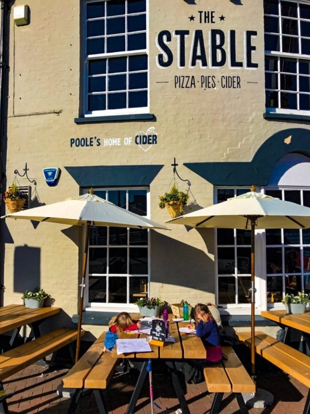 places to eat in Poole The Stable
