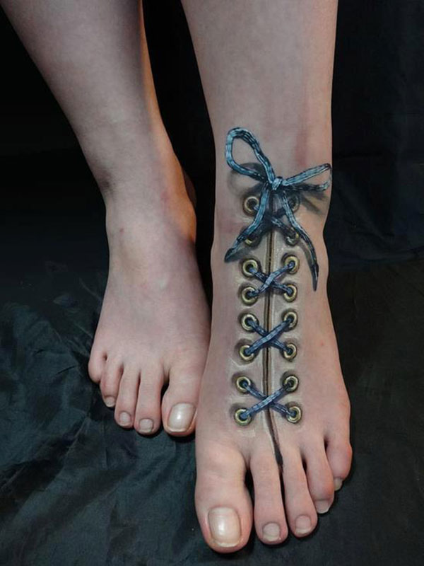 feet-with-lace