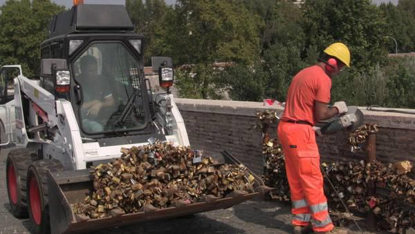 Removing locks in Rome