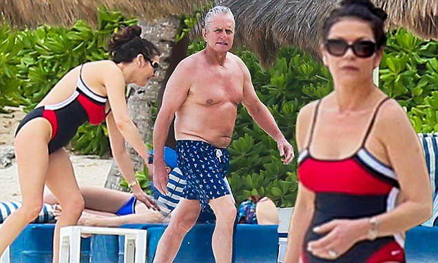 *EXCLUSIVE* Cancun, Mexico - Catherine Zeta-Jones, 46, and husband Michael Douglas, 71, prove to still have killing bodies despite their ages during a romantic Mexican get away in Cancun.nn AKM-GSI March 23, 2016nnnTo License These Photos, Please Contact :nnSteve Ginsburgn(310) 505-8447n(323) 423-9397nsteve@akmgsi.comnsales@akmgsi.comnnornnMaria Budan(917) 242-1505nmbuda@akmgsi.comnginsburgspalyinc@gmail.com