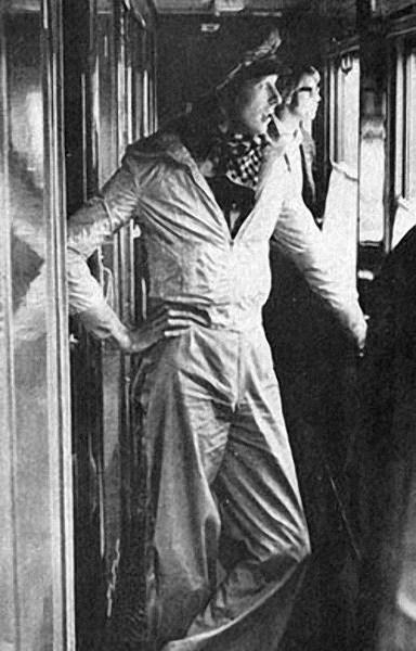 David_Bowie_in_USSR7