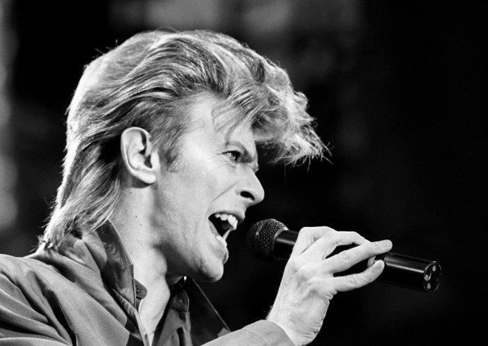 Obit-David-Bowie_Beau-1-1024x727