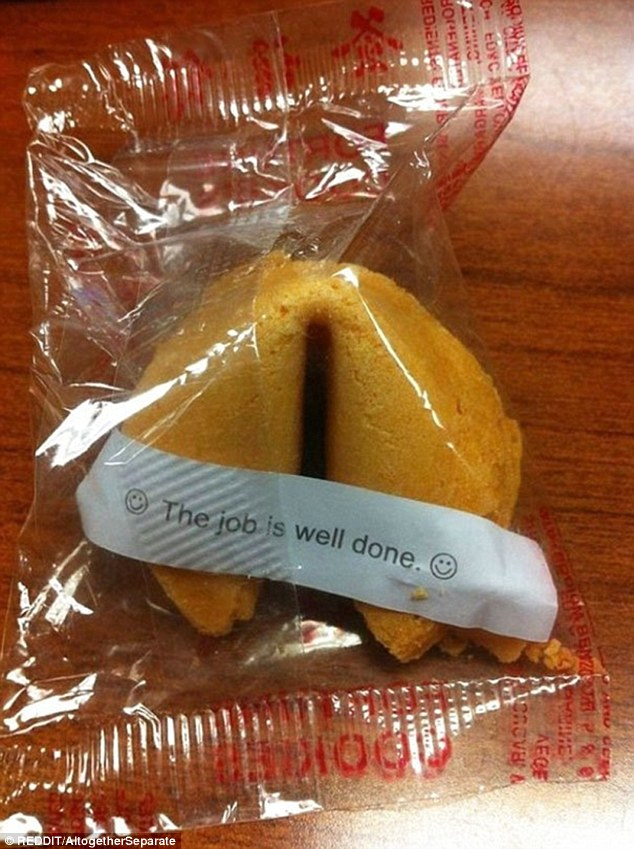 36E51D3600000578-3725089-This_indiscreet_fortune_cookie_lets_everyone_in_on_your_future_a-a-6_1470406945887