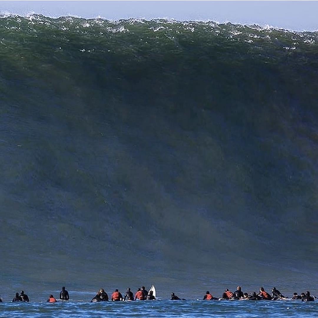 A teeny tiny wave