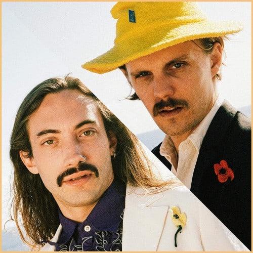 odd-couple-universum-duo