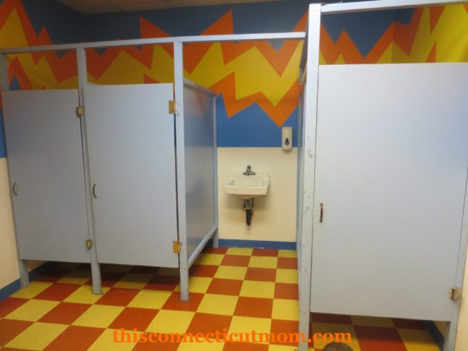 Ron A Roll - Bathrooms