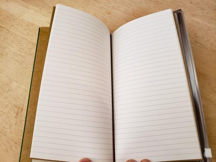 Traveler's 001 Lined Notebook