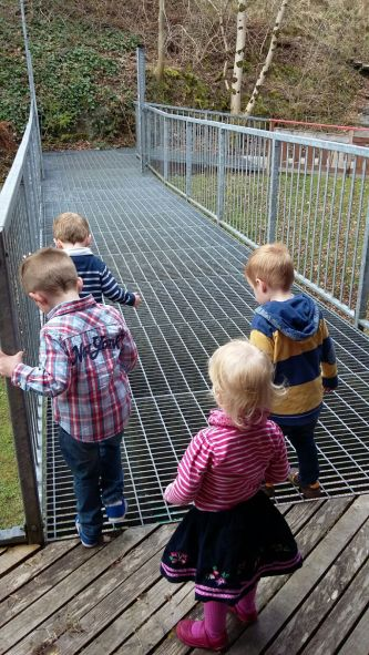 this_dad_does_outdoor_play_bridge
