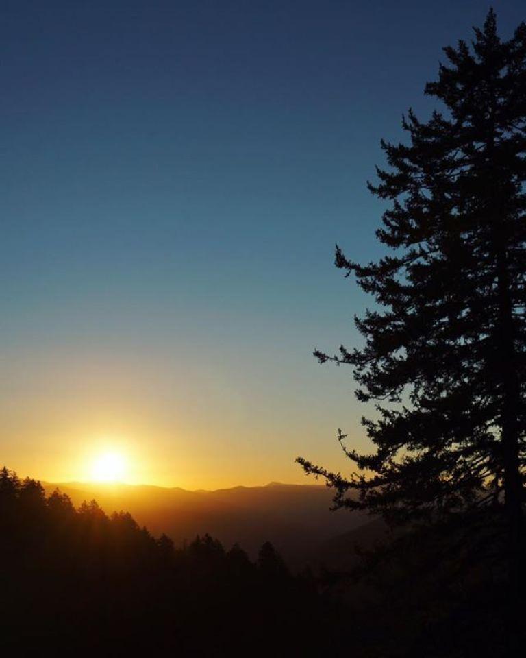 Smoky Mountains sunrise | thisdarlingworld.com