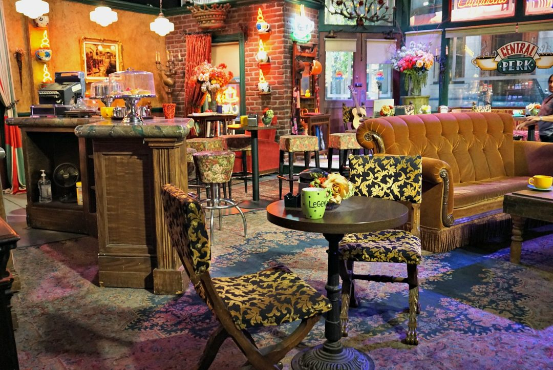 Visit the Central Perk set in California!