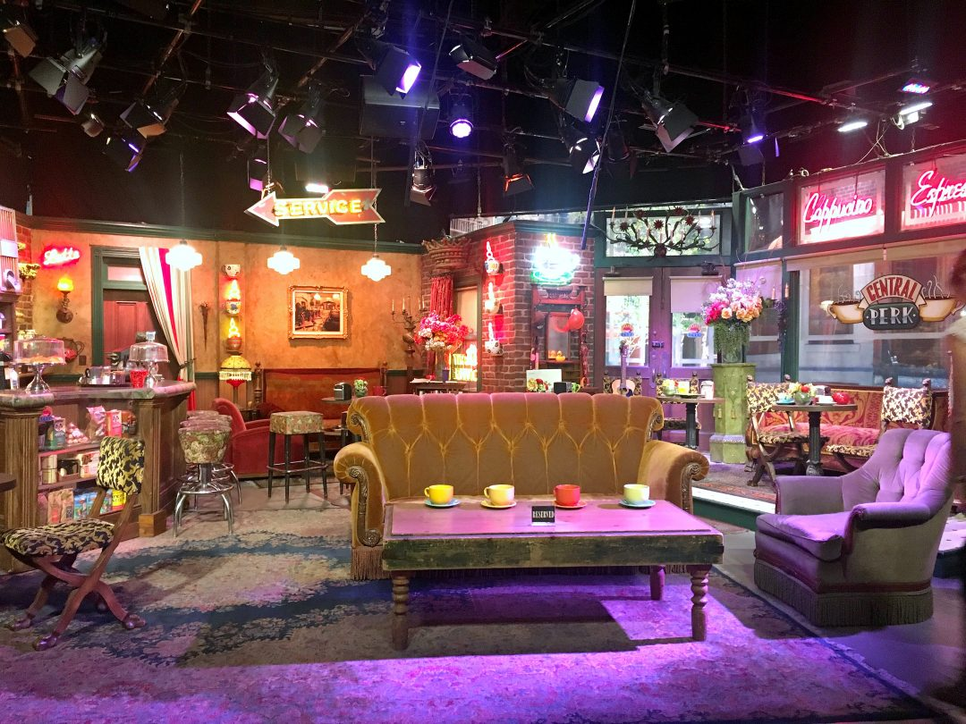 Calling All Friends Fans Visit The Real Central Perk This Darling World