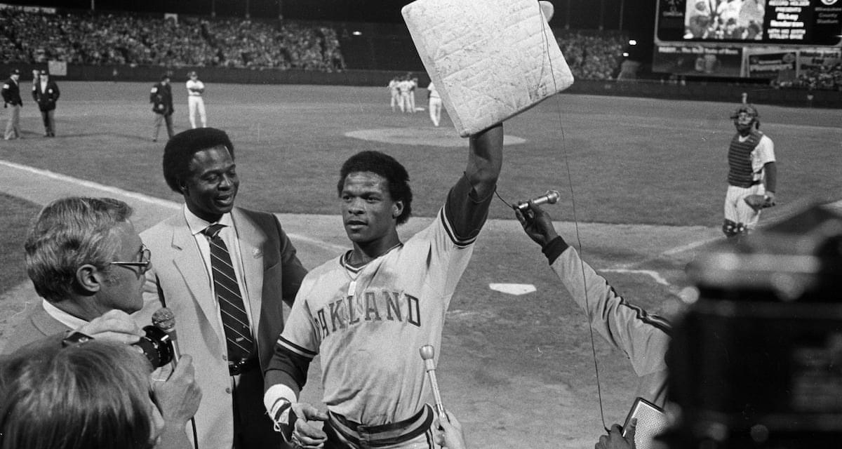 Rickey Henderson is born in Chicago, Illinois