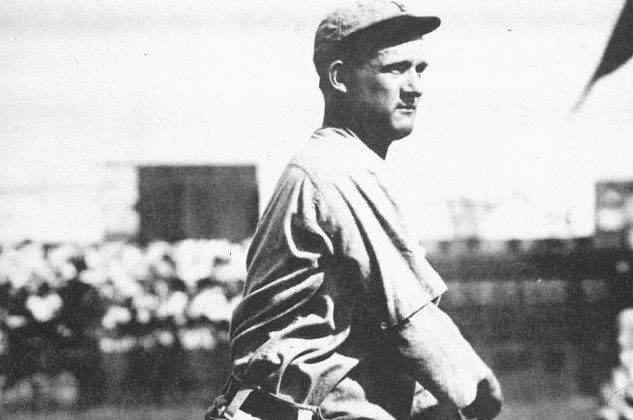 The Pirates top the Giants, 4 – 2 in 10 innings, then win the second game, 1 – 0, when Howie Camnitz spins a 5-inning no-hitter. The Bucs score when Ed Abbaticchio singles home Honus Wagner, who had singled and stolen second base. The Giants also lose Frank Bowerman, hit on the head by a Camnitz pitch. The doctors predict that the burly catcher will miss the season, but he is back in action in three days.