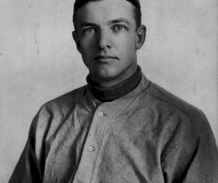 The largest crowd in the history of theNational League– 35,000 – cheer as theGiantsshove thePiratesto five games off the pace by sweeping adoubleheader.Christy Mathewsonshuts out the Bucs in the first game, 7 – 0, for his 11thshutoutand his 33rd win. Then the Giants collect 18 hits to take the nitecap, 12 – 7, asHooks WiltseandJoe McGinnitycombine for the win. The other hitting occurs in the first game whenMike Donlintires of a heckler and punches him in the eye. Police quickly move in.