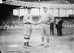 TheNew York Giantspick up fourstolen basesin a 3 – 1 victory against theBrooklyn Dodgers, the start of a post-1900 record 347 steals for the year