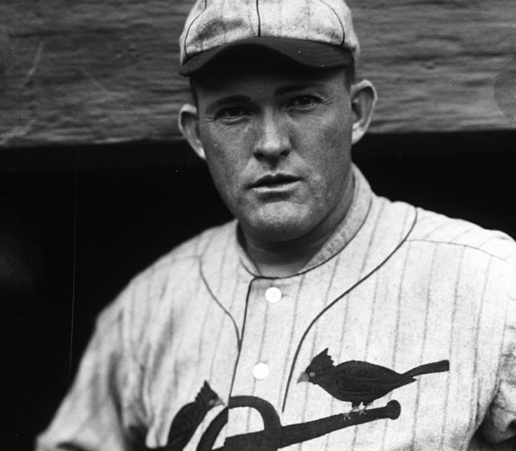 Rogers Hornsbysets a newNational Leaguesingle-seasonhome runrecord with his 28th, eclipsing a 38-year-old mark set byEd Williamsonof theChicago White Stockingsin1884. Hornsby's 6th-inning solo shot offJimmy RingprovidesSt. Louis'ssole means of support in this 9 – 1Phillyrout.