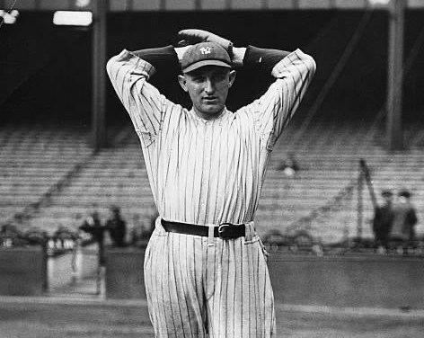 1923– TheYankeessellCarl Mays(5-2), who is considered a troublemaker, to theRedsfor $7500. Thesubmarinerwill win 20 for the Reds next season.