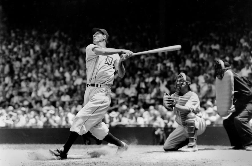 Hank Greenbergof theTigers, who had hit home runs his last two at bats the day before, homers his first two times up to tie the major league record of four in a row. Greenberg has a record-setting eleven two-home rungames during the season.