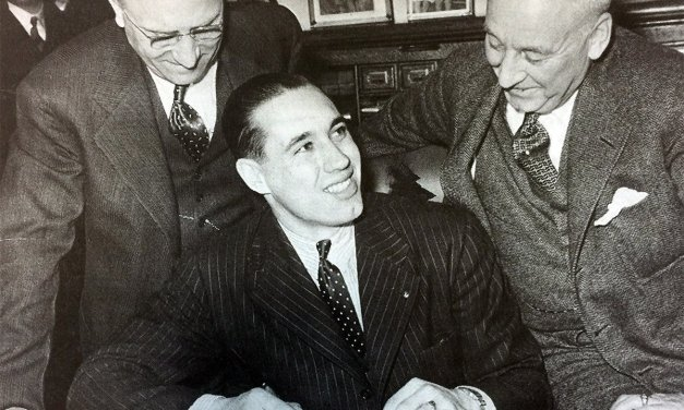 A group led by Alva Bradley and John Sherwin buys the Cleveland Indians.