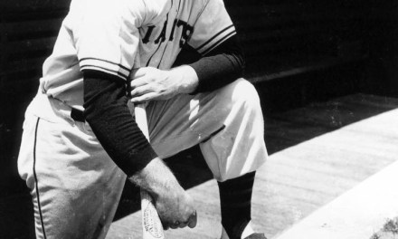 The Giants acquire Johnny Mize from the Cardinals for three players.