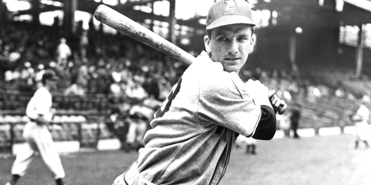 Ralph Kinerhits home runs every Sunday for eight successive weeks in May and June. For the year he will hit 17 round trippers in 38 Sunday games.