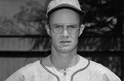 TheBrownssend star 3BBob Dillinger(.324) and OFPaul Lehnerto theA'sfor a reported $100,000 and infieldersFrankie GustineandBilly DeMars, and outfieldersRay ColemanandRay Ippolitto. Dillinger will play just a half-season in Philly before being swapped toPittsburgh.