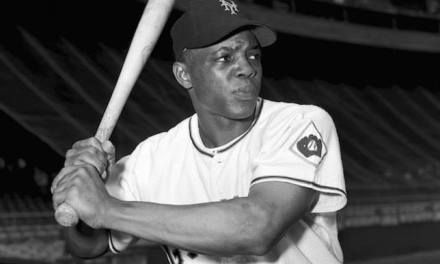 GiantsrookieWillie Maysblasts a 13th-inning solo homer off thePhillies'Jocko Thompson