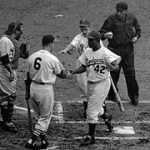 TheNational Leaguedefeats theAmerican League, 3 - 2, in the1952 All-Star Gamebehind the pitching ofPhiladelphia'sCurt SimmonsandCubBob Rushin Philadelphia. The game is ended after five innings because of rain. CubHank Sauer's homer withStan Musialaboard in the 4th proves to be the deciding run.