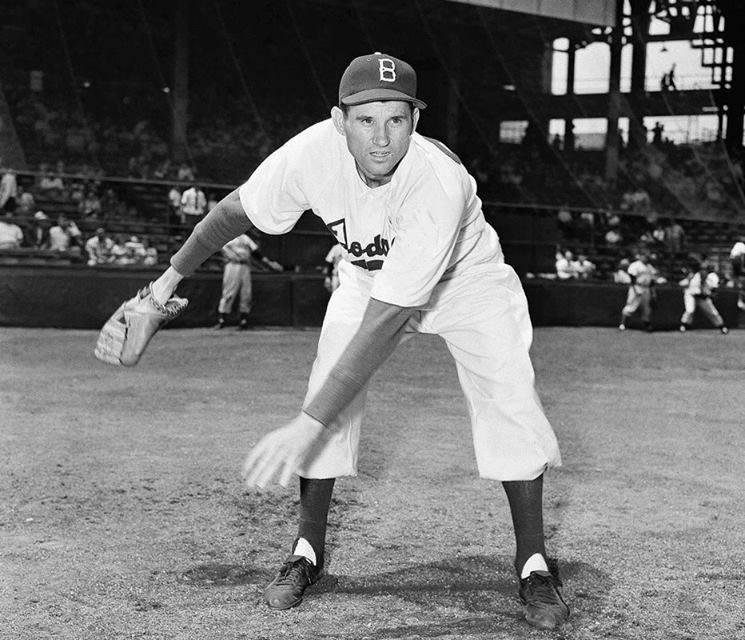 The Cards hit 5 home runs' all of them solo shots' but lose to the Dodgers' Preacher Roe' 12 – 5. The Dodgers collect 17 hits in the win. The 5 solo homers – one each by Stan Musial' Harry Elliott' and Rip Repulski' and two by Steve Bilko – tie a National League record.