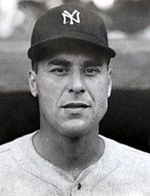 New York Yankees sell pitcher Vic Raschi to the St. Louis Cardinals for $85,000