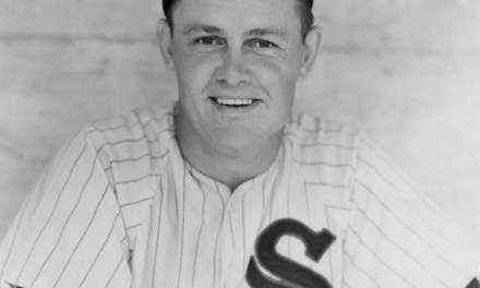 Led byNellie Fox's seven straighthits, theWhite Soxsweep theYankees.Mickey Mantlehas a bunt single, triple and home run in the 6 – 4 nightcap loss but trails Fox in season hits, 158 to 155. But the Mick still leads in theTriple Crownrace.