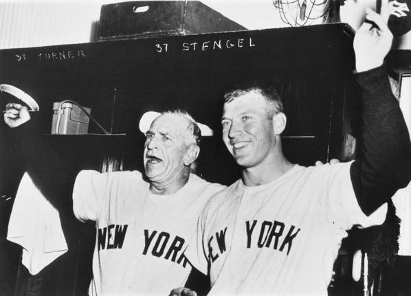 Mickey Mantlehits his 50th home run, only the 8th to do so, in the 11th offChicago'sBilly Pierce, asNew Yorkwins, 3 – 2, to clinch another pennant.
