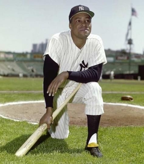 OnElston HowardNight, theYankeestake two fromBoston, 10 – 2 and 6 – 1.Joe Pepitone's three home runs, including agrand slam, andRoger Maris's six singles lead the offense.Mickey Mantlehits home run number 447 in the opener and tiesBabe Ruth's career strikeout record (1,330) in the nightcap.