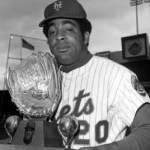 1970 - The Sporting News announces Gold Glove Award selections. Chicago White Sox shortstop Luis Aparicio wins the ninth and final honor of his career, while New York Mets outfielder Tommie Agee becomes the first position player to win it in each league. Aparicio has now won a gold glove in the 1950s, 1960s, and 1970s, while Agee also won the honor with the White Sox during his 1966 Rookie of Year season.
