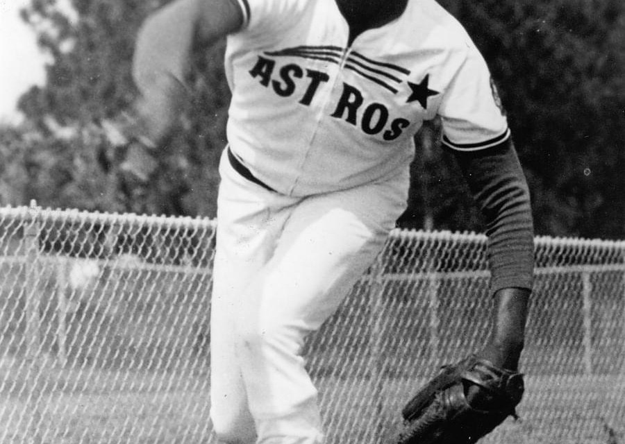 In his major league debut, J.R. Richard throws a complete game in the Astros' 5-3 victory over San Francisco at Candlestick Park. The 21 year-old right-handed fireballer strikes out a major-league rookie record 15 batters in his first major league appearance.
