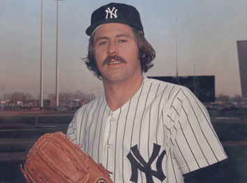 "New York Yankees announce the signing of free agent pitcher Jim ""Catfish"" Hunter"