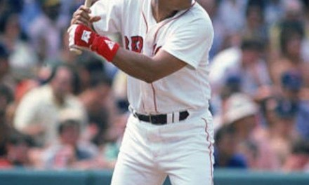 Boston Red Sox sign free agent slugger Tony Perez