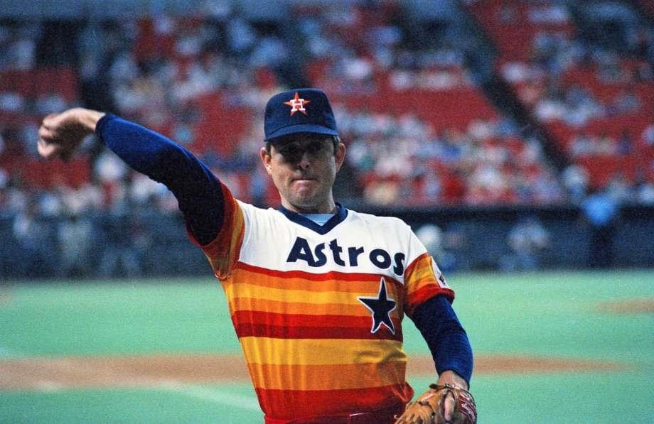 Houston'sNolan Ryanpitches his 8th careerone-hitter, 3 – 0 at San Diego.Terry Kennedy's 5th-inning single is the onlyPadreshit.