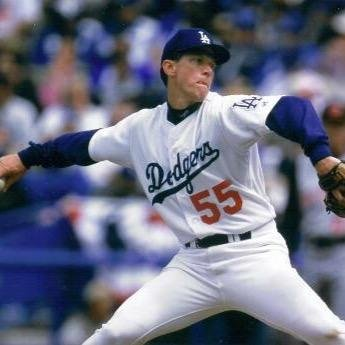 Orel Hershiser of the Los Angeles Dodgers breaks Don Drysdale's record