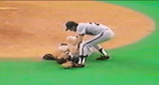 Dave Dravecky suffers a broken vs the Montreal Expos