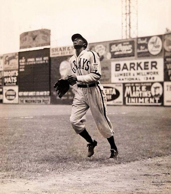 James (Cool Papa) Bellis elected to theHall of Fameby theSpecial Committee on the Negro Leagues