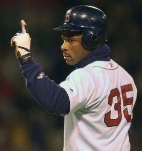 TheBoston Red Soxsign 43-year-oldRickey Henderson