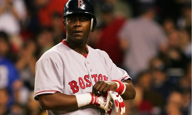 Edgar Renteriainks a four-year contract with theWorld ChampionRed Sox