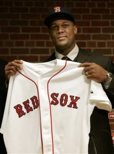 TheBoston Red Soxsignfree agent3BAdrian Beltreto a one-year deal worth $9 million, with anoptionfor a second year. The deal is motivated by the uncertain state ofMike Lowell's health.