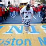 Boston Strong – Red Sox stop at Marathon Bombing Site on World Series Parade