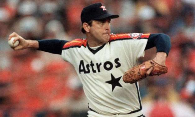 Nolan Ryan strikes out Cesar Geronimo for his 3000th career strikeout