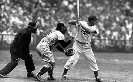 Gil Hodges of the Brooklyn Dodgers ties a major league record by piling up 17 total bases in a game